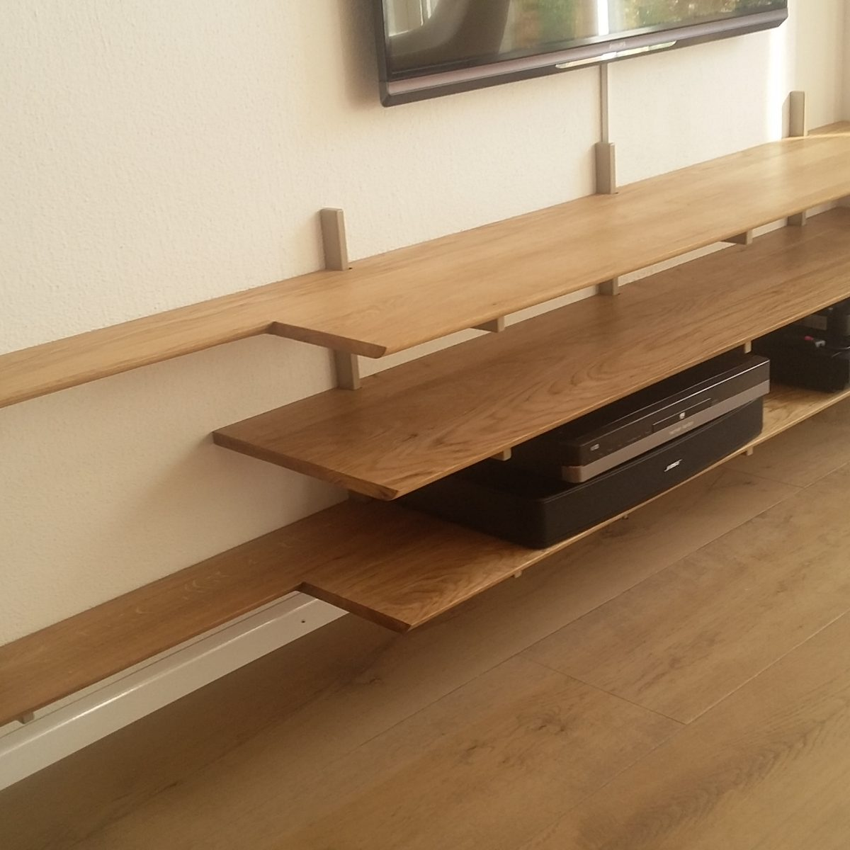 Eiken wand TV-meubel